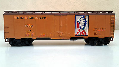 Rath Packing Co box car in orange livery with Kadee couplings