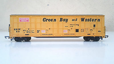 Life-Like HO gauge Hi-cube Thrall door car in Green Bay and Western livery