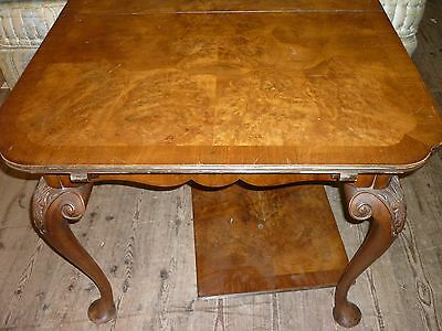 Early 20th century walnut extending dining table one leaf seats 8, great size