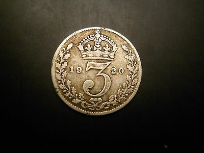 United Kingdom :3 Pence - George V 1st issue 1920 silver