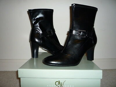 NEW! Studio Works womens black Ankle boots  size 8M