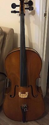 Beautiful walnut 3/4 size cello in soft case.  Ideal Xmas present!