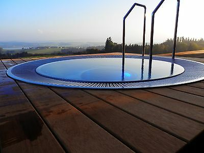 Stianless Steel Jacuzzi Hot Tub With Hydro-Massage