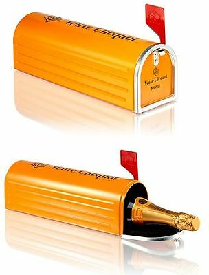 Veuve Clicquot Champagne Brut NV 75cl 'Mail Box' Gift