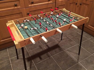 TABLE FOOTBALL WITH LEGS - 1980's - EX CONDITION - **COLLECT FROM SOUTH CAMBS**