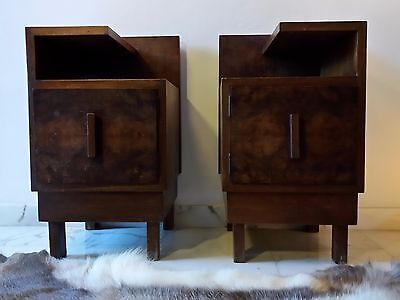 GORGEOUS 1930s Pair of Italian Art Deco Walnut Side Tables Bedsides Nightstands