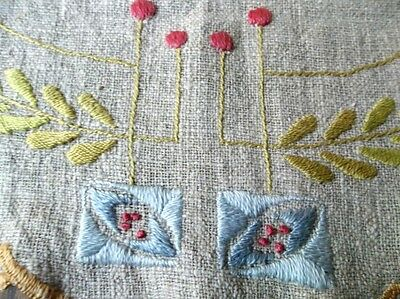 Arts & Crafts Mission Embroidered Linen Stickley Style