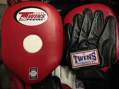 Twins Special (Thai / MMA / UFC) Boxing Training Pads in great condition