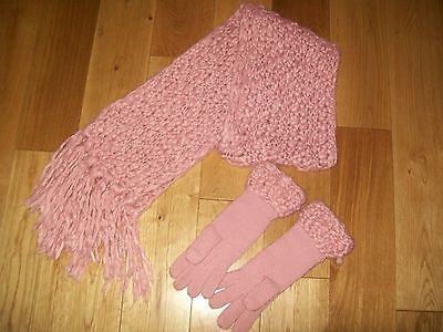 Ladies Pink Scarf And Gloves Set By Dorothy Perkins