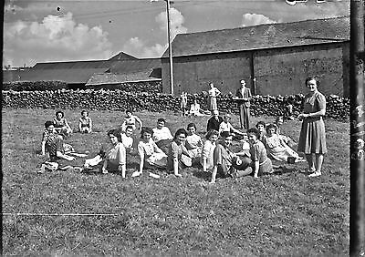 1930s LADIES DAY OUT1920/30s 1/6th PLATE GLASS NEGATIVE-6th 034