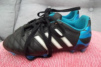 Excellent  Adidas  Football Boots  In White & Black & Blue   Size 10 Eu 28