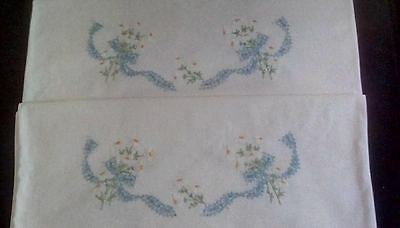 Vintage embroidered pillow cases flawless condition rare embroidered throughout