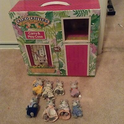 Calico Critters Carry & Play Case with Figures