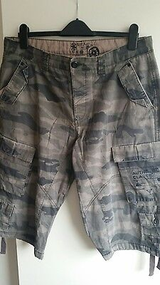 Mens cropped  shorts size 36w