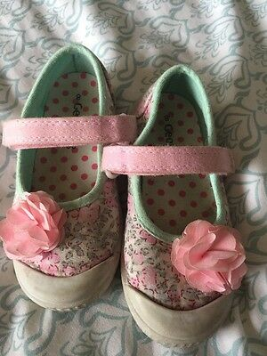 Girls Floral Shoes Size 8
