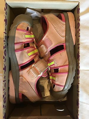 CLARKS DOODLES Girls Pink SANDALS Beach Tide Infant UK 9.5 F With Box
