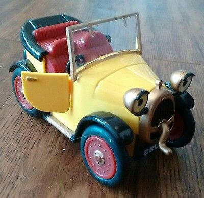 Brum - The Wibbly Wobbly Friction Powered Car - Golden Bear Toys