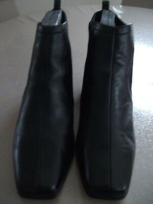 New Ladies Black Leather Low Heel Boots Size 7