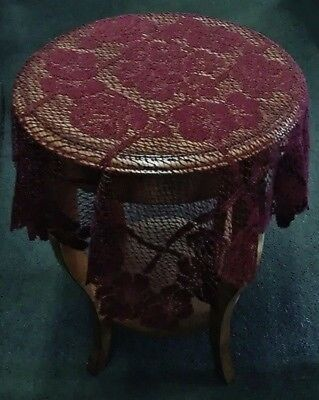 "30"" x 30"" Burgundy Lattice Of Roses Lace Table Topper"