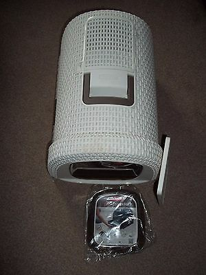 Curver Cat/Kitten Litter Box with Handle, Flap, Scoop but no Tray
