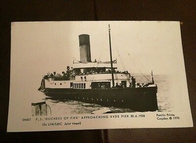 Paddle Steamer Duchess of Fife at Ryde pier 1928 in a Pamplin postcard