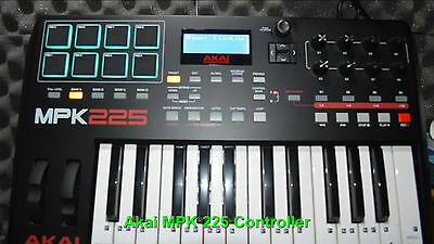 Akai mpk 225 Controller With Air Hybrid & Sonivox Twist Programmed In To It