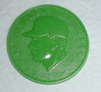 Mickey Mantle - Yankees 1960 Armour Coin, Green, Nrmt-Mint
