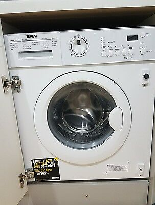 zanussi ZWI71201WA 7kg 1200rpm Integrated Washing Machine