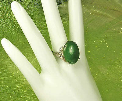 EXQUISITE! 1940s 14K White GOLD JADE Filigree Ring~Approx. 15 CARATS~Size 7.75