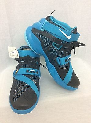 Nike 776471-014 LeBron Soldier IX Blue Basketball Shoes Kid Youth Sz 7Y SNEAKERS