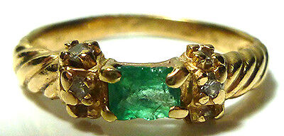 Vintage 14K Yellow Gold Cable Textured Emerald Diamond Stackable Ring Band