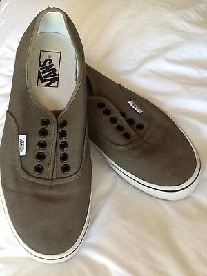 Vans Size US 9 (Men's) Or US 10.5 (Women's) Shoes