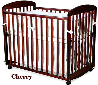 Alpha Mini Rocking Crib, Cherry - M0598C