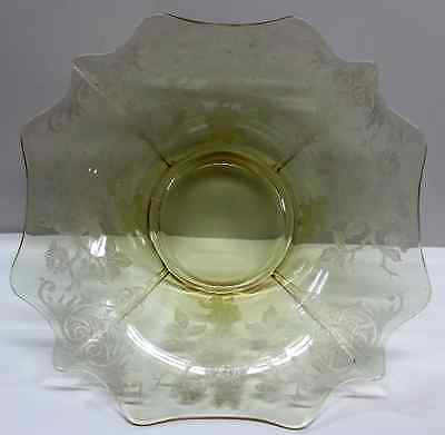 Cambridge Etched Glass Bowl, Topaz Yellow Console, 3400 Apple Blossom