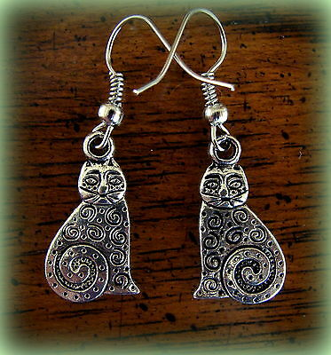 CAT KITTY KITTEN EARRINGS Jewelry - Antique Primitive Style  Art Deco Retro look