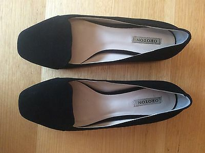 Oroton Black Loafer Flat Shoes - Size 40