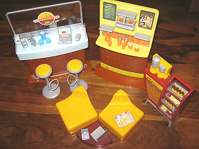 Barbie Mattel My Scene Daily Dish Cafe Playset Coffee Shop & Accessories