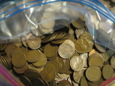 BAG 0F 1000 Wheat PENNIES FROM ESTATE SALE-SEVEN POUNDS...
