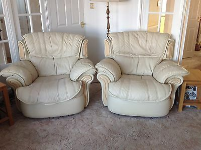 Italian Leather 3 Piece Suite With Electric Recliner Chairs