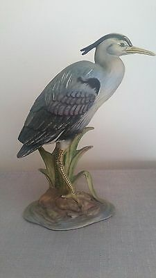 Figurines COMMON HERON  HAND PAINTED PORCELAIN BY MARURI.