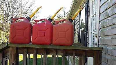 3 WEDCO 2.5 gallon Plastic Gas Can with Old Style Spout w/ Screen and Seal Disc