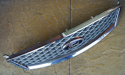 Ford Mondeo Mk3   - Facelift 2004-2007 Front Bumper Grill
