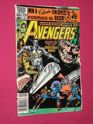 The Avengers #215 Marvel Comic Book, 1982 Silver Surfer, Galactus, Thor