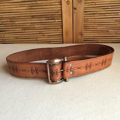 GREAT Vintage 70s Tan TOOLED Cowhide LEATHER Cowboy WESTERN Belt ~ COPPER Buckle