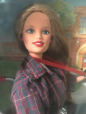 Becky-I'm The School Photographer 1998 Barbie Doll