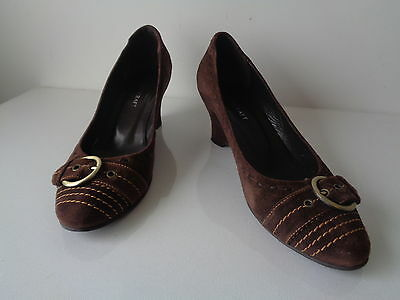 Brown Suede Wedge Shoes.. * Sportscraft *.. Leather Upper 7 Linings  Size 7.5