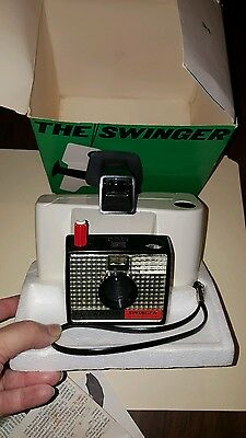 Vintage Polaroid THE SWINGER Model 20 Land Camera with Original Box