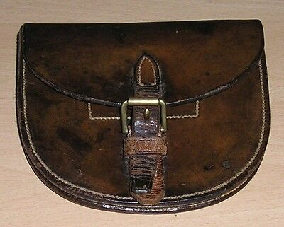 WW-I British Army Light Cavalry Officer's Leather Horse-shoe Pouch Dated 1915...