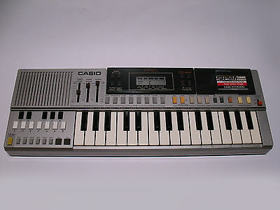 Vintage CASIO PT-50 Electronic Keyboard + RO-201 Rom Pack 1983