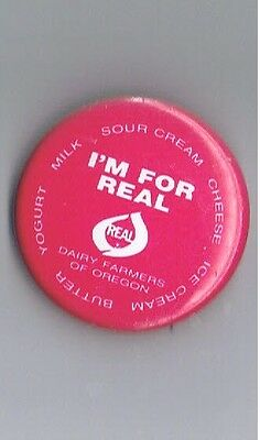 "Real Oregon Dairy Farmers Milk Cheese Cream 1.5"" Advertising Pinback Button Food"